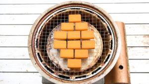 チーズの色付き
