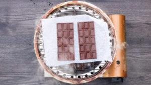 チョコレートの燻製方法