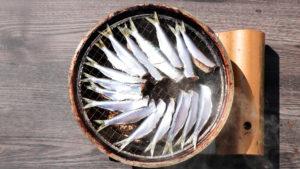 燻製イワシのオイルサーディンの作り方