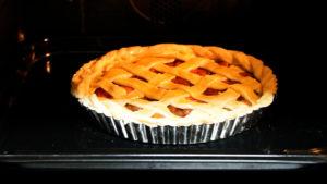 燻製アップルパイ焼く前